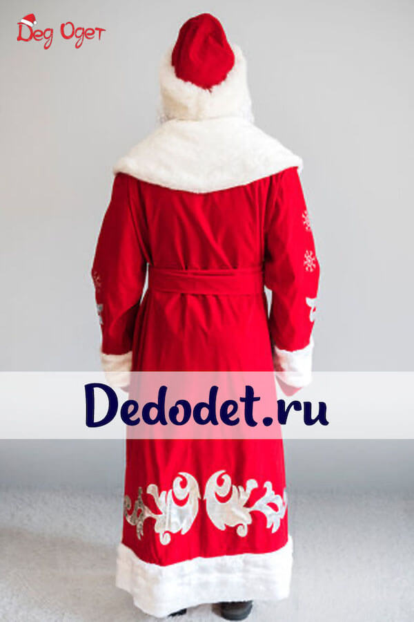 Боярский костюм вид со спины